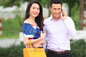 Netizen ùa vào trang fanpage của Vietcombank để hỏi về chuyện sao kê của Thuỷ Tiên